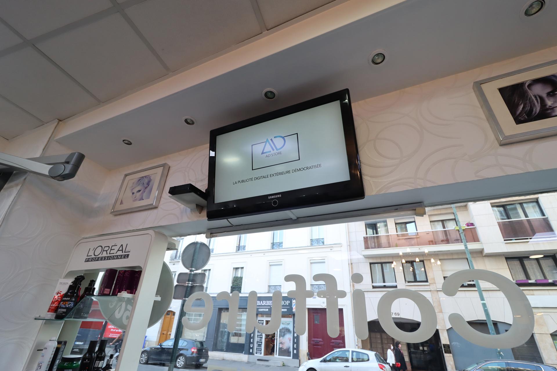 Ecran Ad'store salon de coiffure Megacoiffure